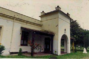 Hostería, primera sede de la UNLu