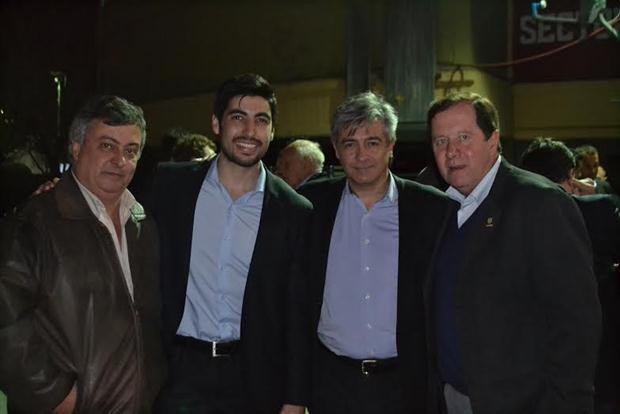 Selva y Denápole en el nutrido cierre de campaña de Sergio Massa