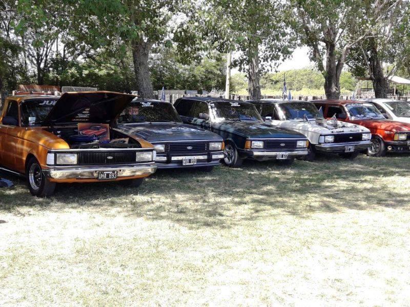 Más de 300 autos se expusieron en el predio de la Rural (Galería de fotos)