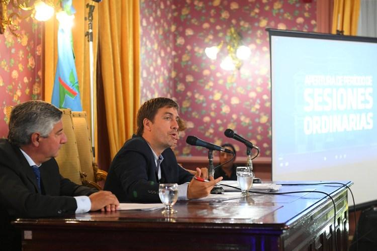Ustarroz brindó mensaje anual en la apertura de sesiones del HCD