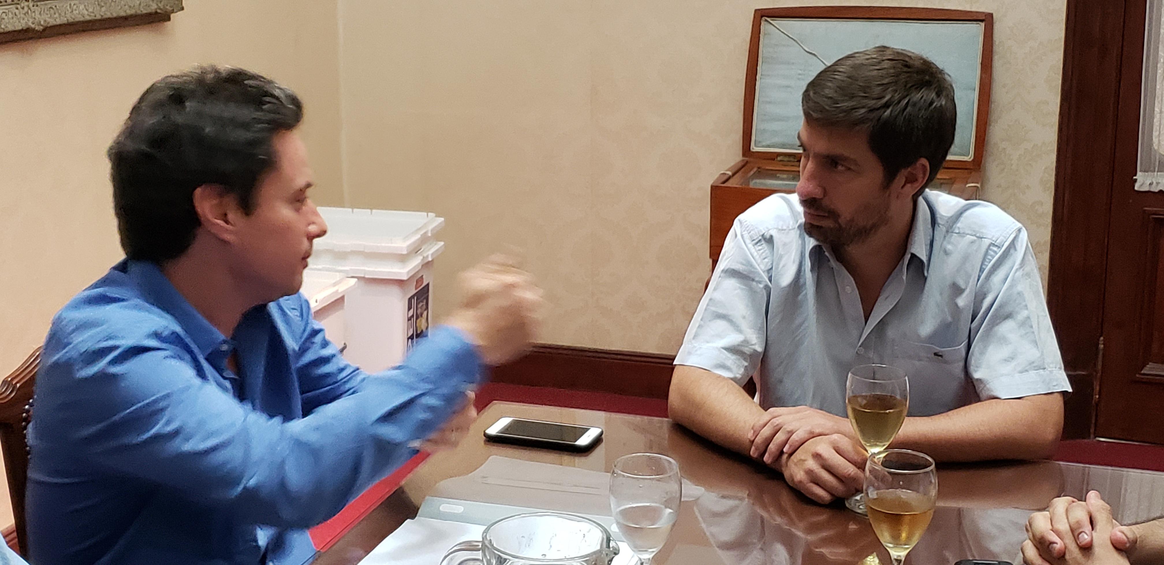 Ustarroz confirmó tras reunión con su director que se abre la carrera de historia
