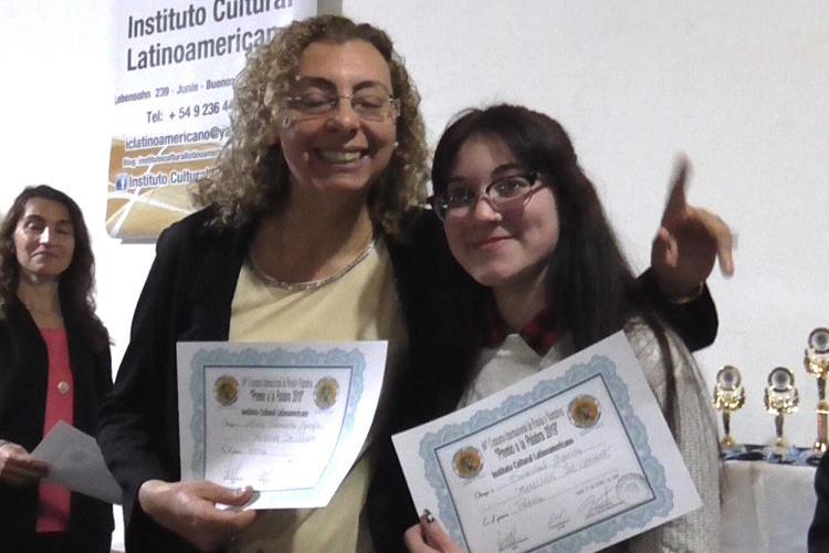 Escritores locales galardonados en Junín