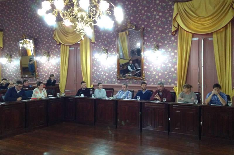 Concejales de Cambiemos proponen el entubamiento del canal de la 16