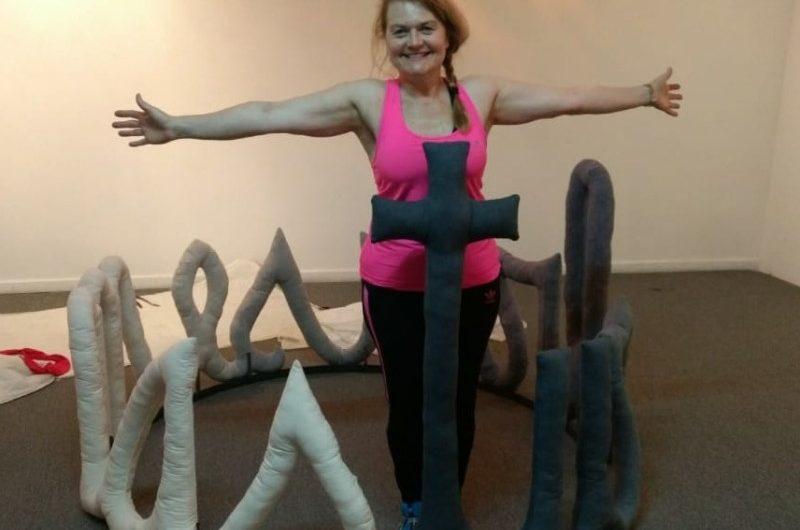 Marcela Brown seleccionada para muestra textil en el Centro Cultural Borges